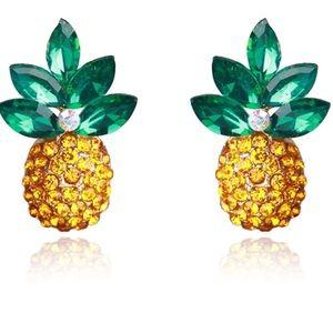 Jewelry - Pineapple stud earrings